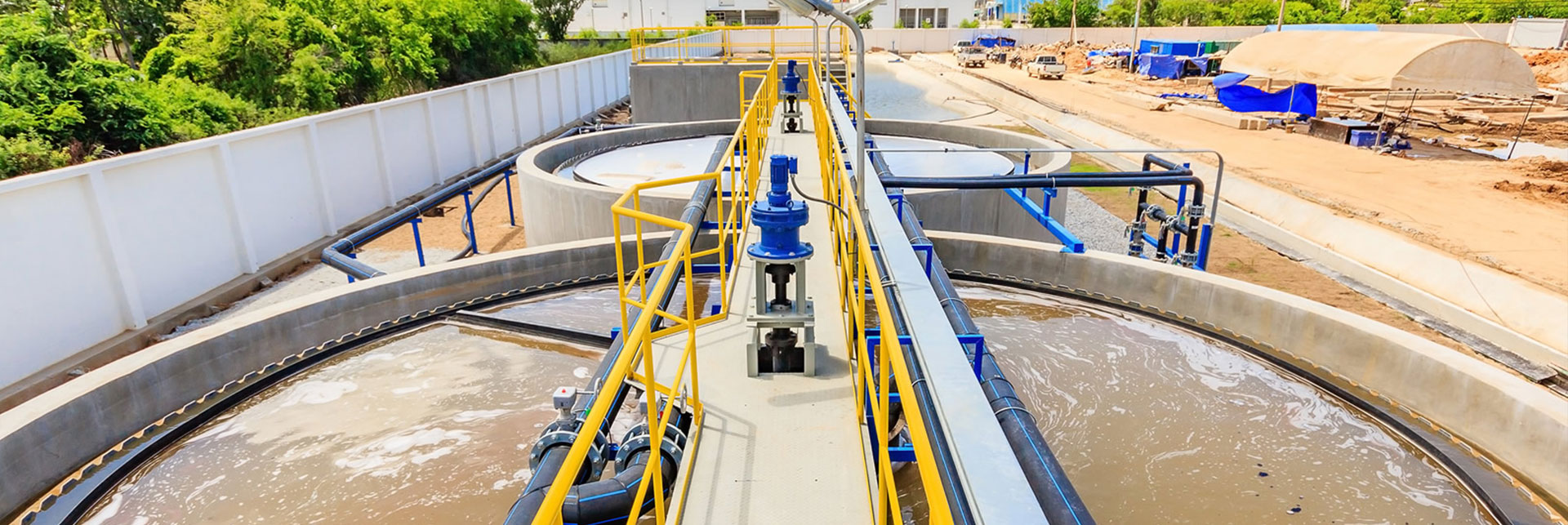 Cung cấp vận chuyển bùn vi sinh chất lượng