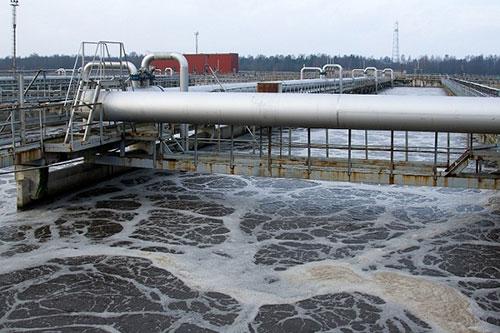 bơm-cấp-nước-cho-hệ-thống-xử-lý-bằng-vi-sinh-vật-hiếu-khí