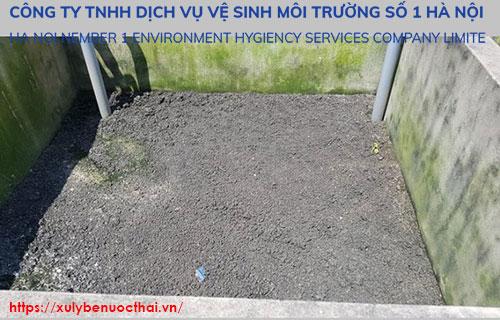 bể thu gom bùn thải